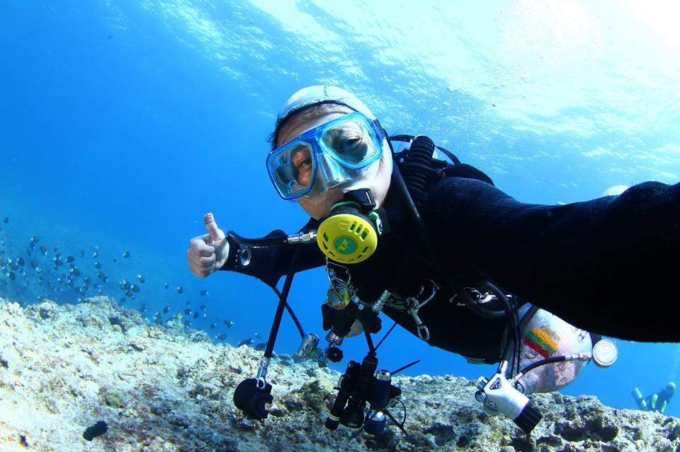 水中探検家が紹介する世界の海 広部俊明